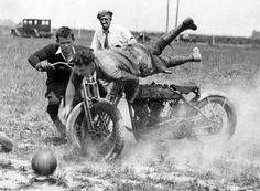 Riding Vintage: Vintage Motorcycle Field Games, playing soccer on motorcycles! Harley Davidson History, Harley Davidson Images, Classic Harley Davidson, Vintage Bikes, Vintage Motorcycles, Custom Motorcycles, Racing Motorcycles, Motorcycle Bike, Course Vintage