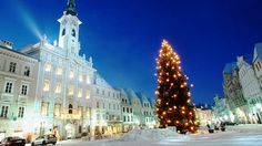 Christmas Tourism, Austria - Next Trip Tourism Austria Tourism, All Over The World, Around The Worlds, European Holidays, Beautiful Christmas Trees, Time Of The Year, Cool Watches, Wonderful Time, Christmas Lights