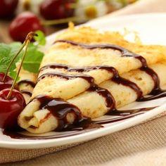 Crêpes au chocolat : une recette de desserts facile et gourmande.