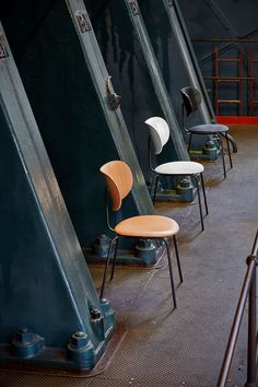 Danish company Wehlers uses up-cycled fishing nets, ocean plastic waste, and other recycled materials to make its elegant furniture collections, including a range of sustainable hospitality furniture. Recycled Furniture, Cool Furniture, Furniture Design, Sustainable Furniture, Sustainable Design, Coffee Table Furniture, Old Sofa, Tyres Recycle, Plastic Waste
