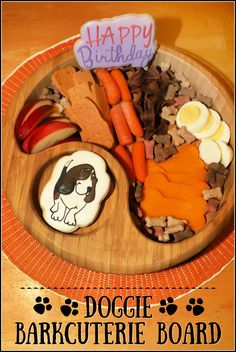 To celebrate our dog Cooper's birthday I made a pup friendly version of a charcuterie tray called a Doggie Barkcuterie Board! This fun snack for your doggies can be assembled easily in minutes and features both dog treats and veggies, fruits, and eggs. Best Appetizer Recipes, Delicious Dinner Recipes, Best Appetizers, Easy Recipes, Friend Recipe, Recipe For Mom, Make Ahead Lunches, Dog Cookies, Party Food And Drinks