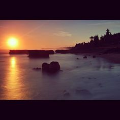 ari_lasso's photo: sunset.. echo beach Bali  #proudofindonesia #super6gb #INDONESIANHERITAGESERIES Mau Ikutan Juga ?  Caranya : Pengguna Indosat Mentari ( harus INDOSAT MENTARI ) Berlangganan paket Super Internet 6GB dengan cara tekan *123*200#. Info lengkap www.indosat.com/mentari Daftarkan ID Instagram, Short-Bio, No.Mentari & Jenis Smartphone pada Registration-Form yang sudah disediakan (www.indosatmentari.com/proudofindonesia ) Follow @Indosat Mania ( on instagram ) & @i sat ( on twitter…