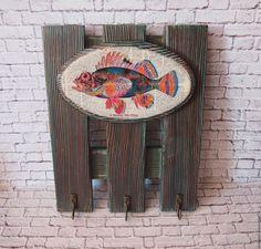 Ключница деревянная Рыба – купить в интернет-магазине на Ярмарке Мастеров с доставкой