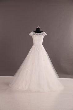 Brudklänning i spets LD1979