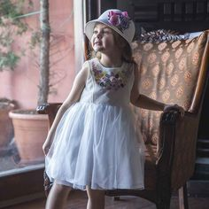 Monna Rosa Kurdele Nakışlı Beyaz Elbise