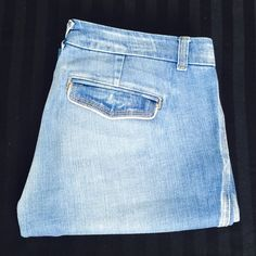 "Meli Melo jeans Inseam 32"". Rise 8"". In excellent condition. 99% cotton 1% spandex Meli Melo Jeans Flare & Wide Leg"