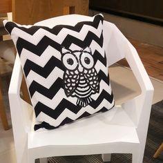 Cojines chevrones buho aplique  cushion pillow
