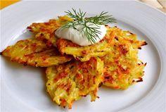 Вкусные капустные драники — рецепт, который можно использовать и как отдельное блюдо, и как гарнир к мясу.