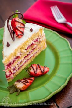 This strawberry layer cake is loaded with sliced strawberries. Easy spring ( or summer ) dessert recipe to celebrate the arrival of my favorite season.