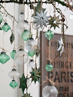 Christmas Trends - Colors, Designs and Ideas - Joyeuxx Noel 2020 Beautiful Christmas Decorations, Handmade Christmas Decorations, Heart Decorations, Christmas Centerpieces, Holiday Ornaments, Holiday Decor, Christmas Trends, Christmas Diy, Christmas Colors