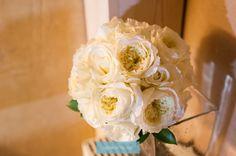 Ramo de Novia blanco. www.parpadeobodas... #fotografodebodas #fotosdeboda #wedding #detallesdeboda #bouquet  #novios #boda
