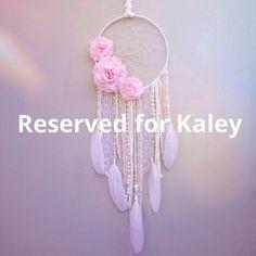 Dreamcatcher personnalisé avec des fleurs de pêchers et fard à joues, réservés pour Kaley    Ce capteur de rêves auront un diamètre de cercle de