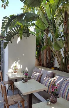 Home Decoration Design Ideas Ibiza Style Interior, Cafe Interior, Interior Design, Outside Living, Outdoor Living, Ibiza Beach, Ibiza Fashion, California Homes, House In The Woods