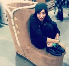 Christina Grimmie, and a massive ugg boot. She Is Gorgeous, Beautiful Guys, Christina Grimme, People Fall In Love, Beautiful Moments, My Idol, Writers Notebook, Angel, My Favorite Things