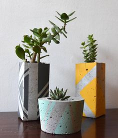 Ail + El is the creative brain child of best buds Aileen Balfe and Eleanor McCaughey. In a couple of short years Ail + El have a solid reputation in the Irish design sector. Their creations are all… Cement Art, Concrete Crafts, Concrete Projects, Concrete Design, Pattern Concrete, Concrete Plant Pots, Concrete Planters, Diy Planters, Succulent Planters