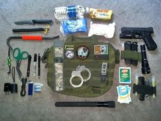 Love the Pry Bar Survival Tools, Camping Survival, Outdoor Survival, Survival Prepping, Bug Out Kit, Zombie Gear, 72 Hour Kits, Emergency Preparation, Disaster Preparedness