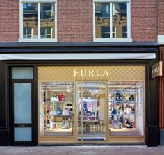 df516018 Furla opens new store in Amsterdam Espacio Comercial, Furla, Mueble Bar De  Licor,