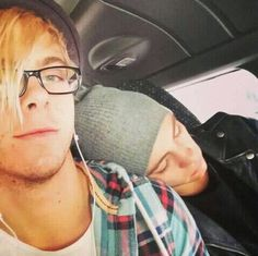 AWWWWWW ROSS I wish he would fall asleep on my shoulder