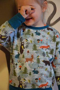 Een herfstige Julia-sweater, Wanneer ik een nieuw projectje wil starten gaat er een hele periodevan eeuwige twijfel aan vooraf. Ik kan me nooit op voorhandvoorstellen hoe iets...  #contest2015 #Juliasweater #plain&simple Check more at https://compagnie-m.com/blog/een-herfstige-julia-sweater/