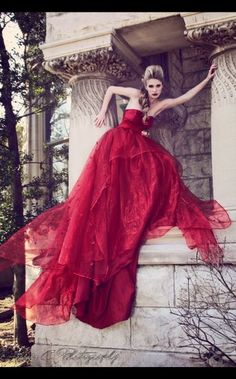 Laura Kirkpatrick in Stunning red dress