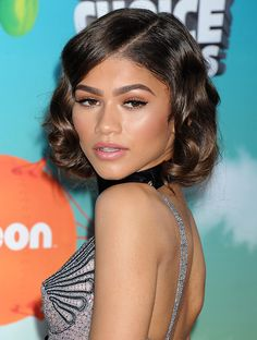 Fab Hairstyle: Zendaya in curly bob haircut at Nickelodeons 2016 Kids Choice Awards.