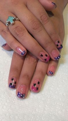 Try out something different for every one of your nails and you're going to be happy.If you want to paint a nail art to remember your favorite Disney image. Beautiful Nail Art, Gorgeous Nails, Pretty Nails, Disneyland Nails, Disney Nails, Disney Nail Designs, Nail Art Designs, Mickey Mouse Nails, Minnie Mouse
