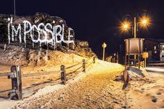 Philippe Echaroux est un street artiste français utilisant la technique du light painting pour réaliser ses oeuvres. La station de Val d'Isère a récemment était la place de son terrain de jeu utlisant la tôle, la roche et la neige comme le support de son art.