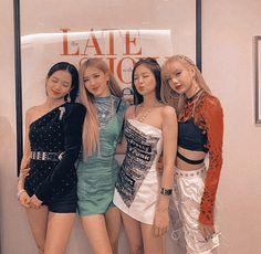 One year without a blackpink comeback (not my edit) Yg Entertainment, South Korean Girls, Korean Girl Groups, K Pop, Blackpink Memes, Blackpink Photos, Queens, Jennie Blackpink, Blackpink Jisoo