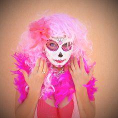 ... pink .. La Muerta ..