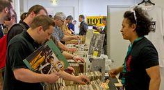 """Als """"Die Messe für Ihre Ohren und irren Sound"""" versteht sich die Vienna Vinyl"""