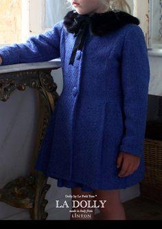 LA DOLLY the 'PRINCESS COAT' from Linton Tweed® - royal blue