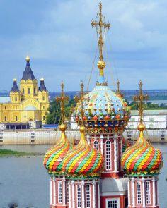 Nizhny Novgorod -- A Baroque church underwritten by the Stroganovs in 1697
