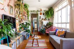 Home Decorators Collection Rugs Vintage Home Offices, Decor, Boho Interior, Living Dining Room, Retro Apartment, House Colors, Bedroom Decor, Home Decor, Retro Interior