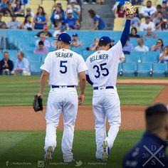 """cody bellinger fanpage on Instagram: """"let's get the W tonight! @cody_bellinger #losangeles #codybellinger #dodgers #dodgerbaseball #codybellinger35 #35 #LetsGoDodgers #ITFDB…"""" Dodgers Party, Let's Go Dodgers, Dodgers Nation, Dodgers Girl, Dodgers Baseball, Football, Baseball Guys, Baseball Players, Baseball Stuff"""