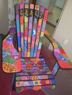 Love this painted chair Art Furniture, Funky Furniture, Colorful Furniture, Repurposed Furniture, Rustic Furniture, Furniture Makeover, Plywood Furniture, Furniture Design, Timber Furniture