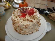 Fall-inspired cake / dessert -- fall harvest & Thanksgiving, Craftster.org