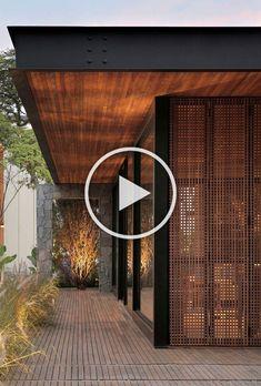 Interior Garden, Interior Design Kitchen, Black Kitchen Decor, Exterior, Wood Lamps, Black Kitchens, Interior Architecture, Garden Design, Diy Home Decor