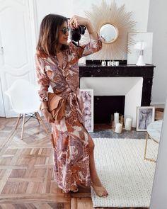 Long dress #outfit #outfitoftheday Robe (new co) #zara Sandales high Martin #sezane Sac Tiger #sezane Gros crush sur cette robe chemise ♡