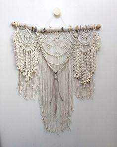 "32"" Extra Large macrame wall hanging, bohemian wall hanging, macrame curtain…                                                                                                                                                     Mais"