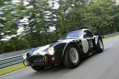 CSX2127 fait partie des 3 cobra officielles engagées dans le championnat USRRC 1963