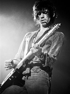 Keith Richards on stage in Houston, 1978, photographed by Lynn Goldsmith