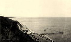 O Pavilhão de Chá da Polana, defronte da Praia da Polana em Lourenço Marques, anos 1920.