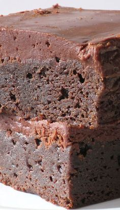 In honor of 4/20 why not make these chocolate fudge brownies?