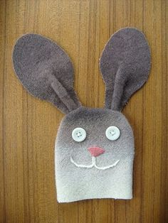 Bunny Rabbit Hand Puppet Tutorial and Pattern
