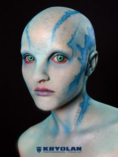 Kryolan's Halloween look of an Alien Queen by Neil Morrill in collaboration with Complections Alien Makeup, Scary Makeup, Sfx Makeup, Body Makeup, Makeup Art, Costume Halloween, Halloween Look, Halloween Makeup, Google Halloween