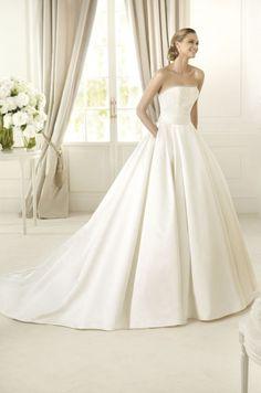 Wedding dress Pronovias Delta (2013)