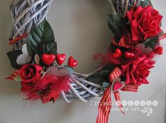 Project Gallias, Wreath, Door decoration, wreath with hearts, red roses