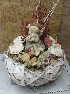 Flower Boxes, Flowers, Arte Floral, Grapevine Wreath, Grape Vines, Gardening, Wreaths, Autumn, Table Decorations