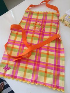 20130613-080253.jpg ; Little girls Apron for ages 4-8. Iamsewhappy.com