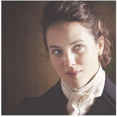 Lady Sybil, loved her in riding gear.